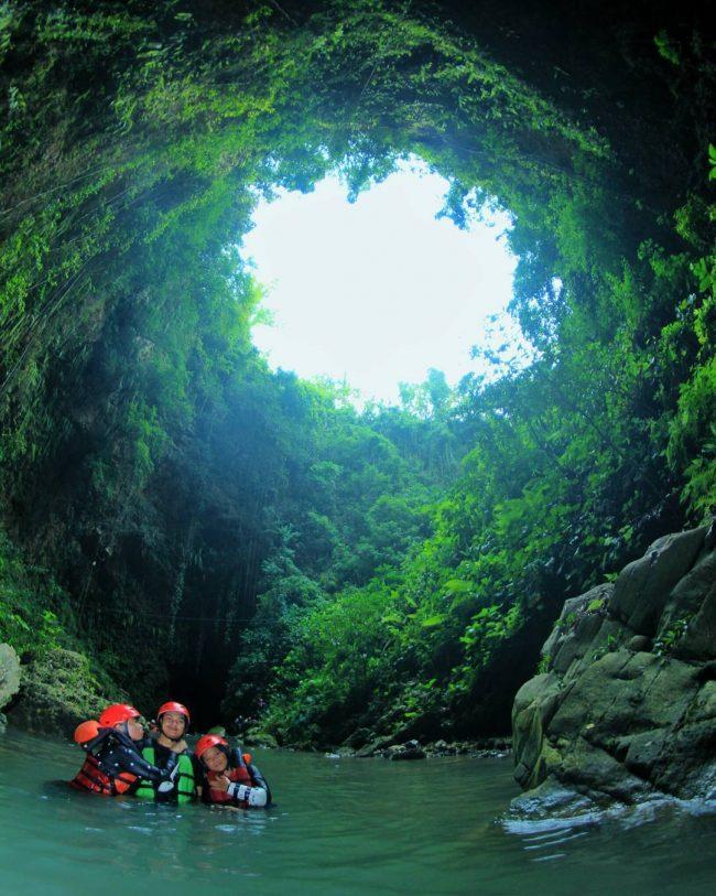 Gelung cave via IG