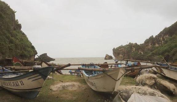 Kapal Nelayan via IG @hutamianika