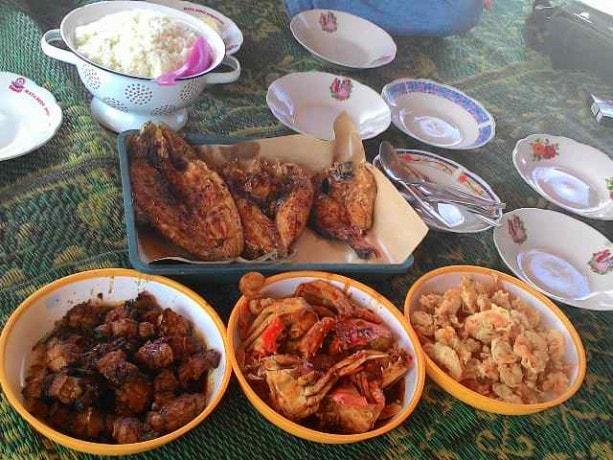 Kulineran di Krakal Beach