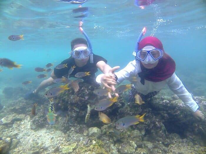 Melihat Alam Bawah Laut Pantai Sadranan via IG !undy_angel