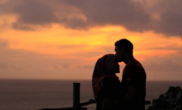Menikmati Sunset Pantai Ngobaran via iG @indrayuszirel