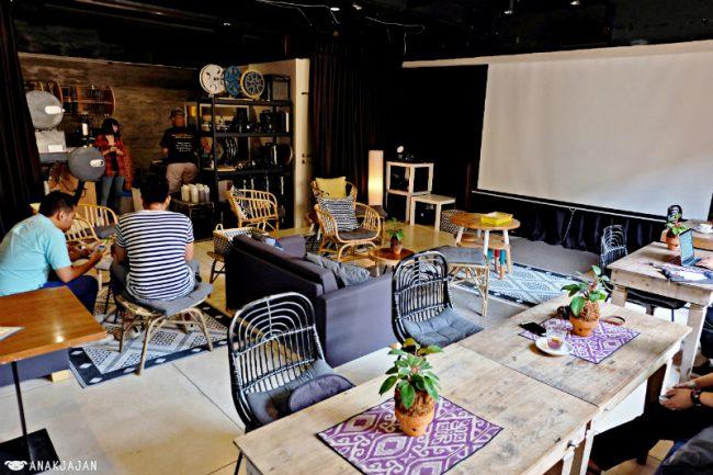 Ruang Seduh Coffee Shop via Anakjajancom