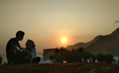 Sunset di Pantai Jogan via IG @novita_ratih