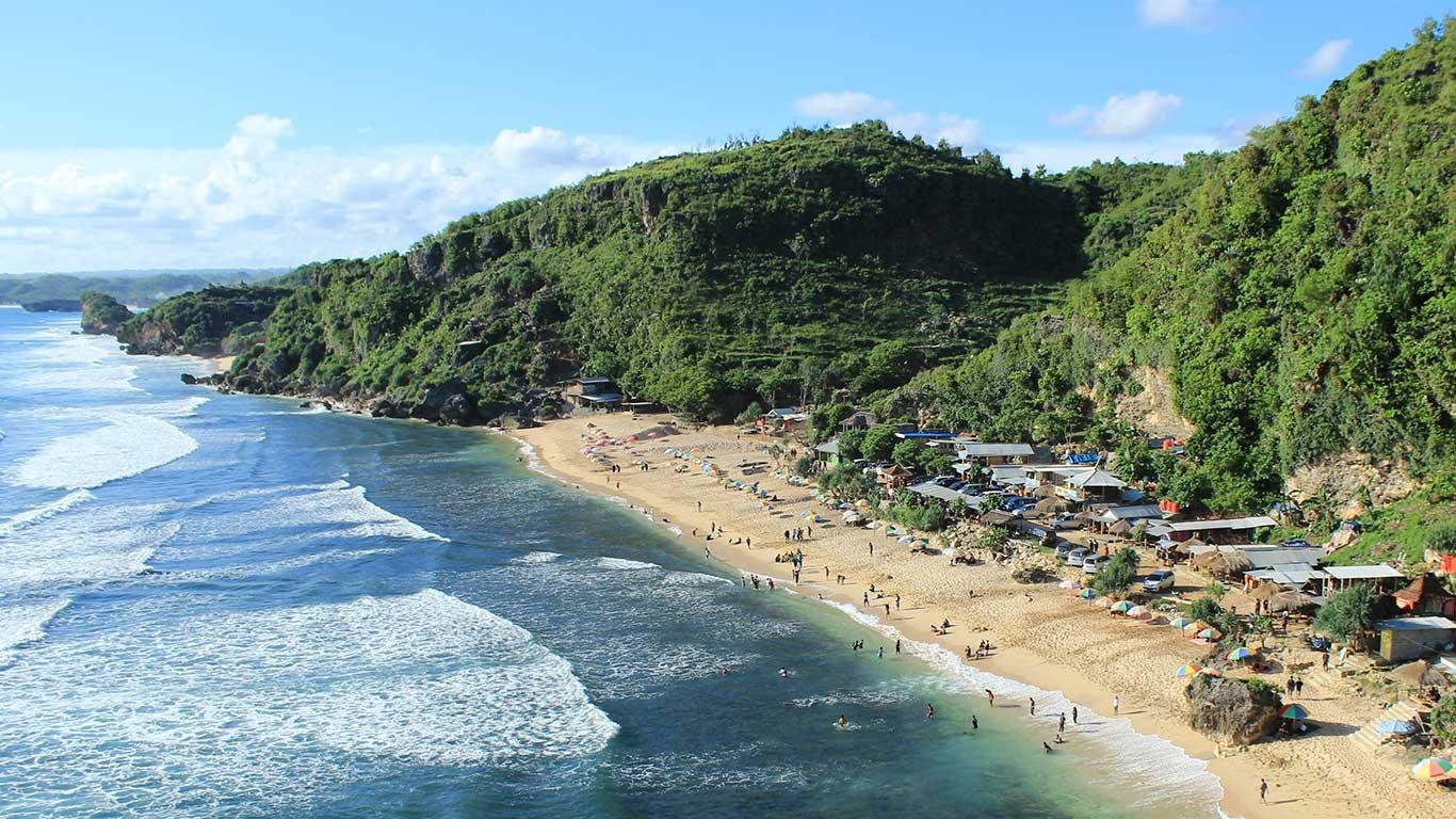 View Wisata Pantai Pok Tunggal dari Ketinggian