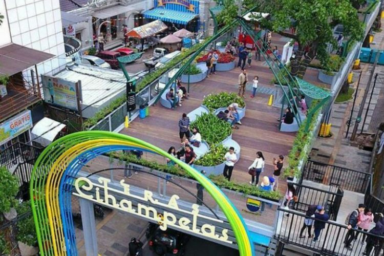 Skywalk Cihampelas via akurat