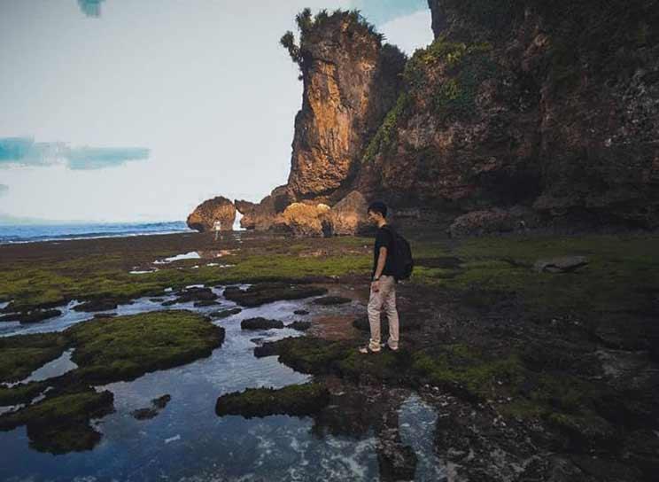 Spot Foto di Bantuan Karang via IG @fajriian_