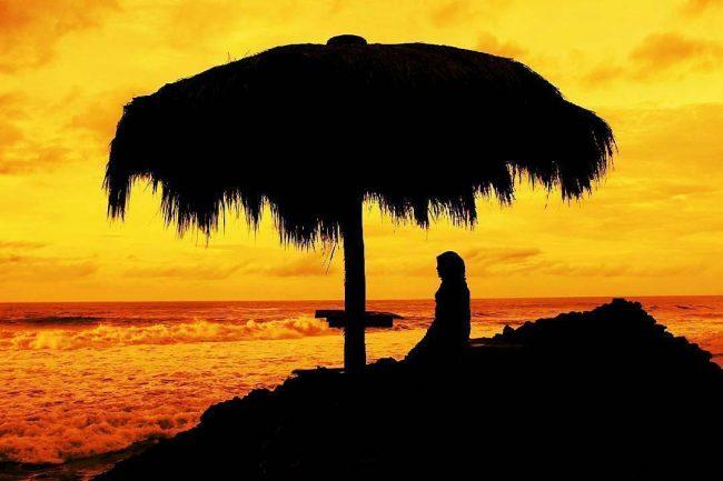 Sunset Seruni Beach via IG @piknikkejogja