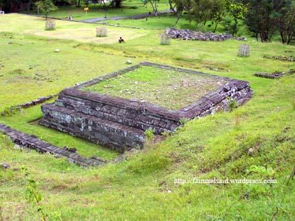 Candi Kapur Istana Ratu Boko via ttashintta.wordpresscom