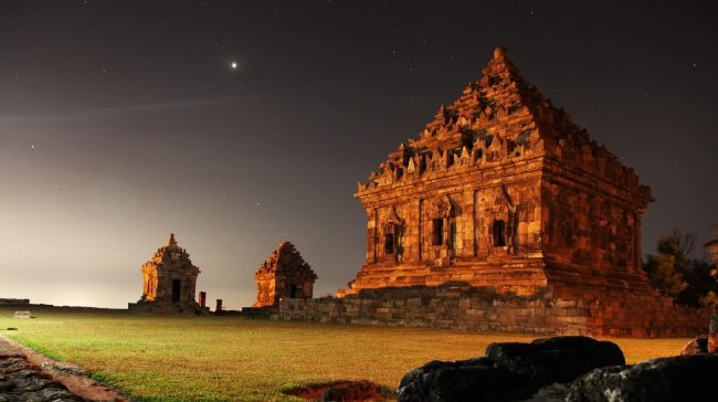 Ijo Temple at Night via Wikipedia