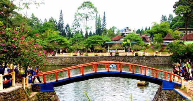 Main di Tlogo Putri Kaliurang