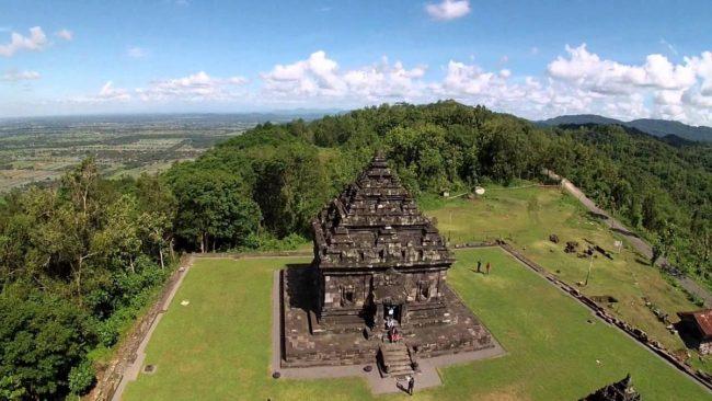 View Candi Ijo dari Ketinggian via Visitingjogja