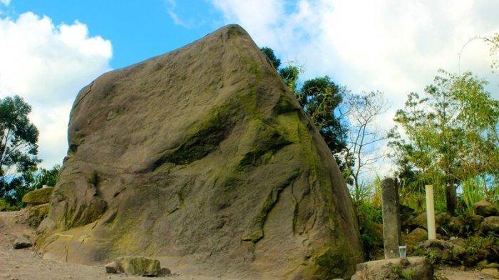 Batu Alien Cangkringan