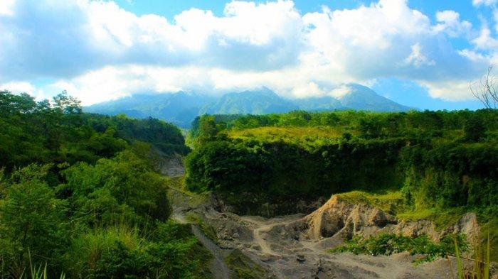 Pemandangan di Sekitar via Jogjaholic