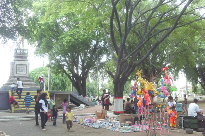 Alun – alun Pemalang via Simpanglima.wordpresscom