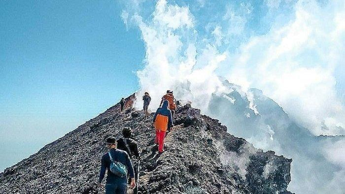 Gunung Slamet via Tribunnews