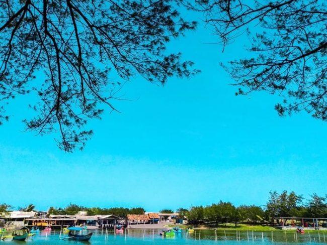 Laguna Glagah Beach via IG @94teguhpriyadi_