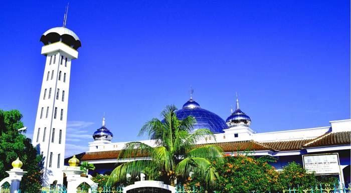 Masjid Agung Pemalang via IG @phendi717