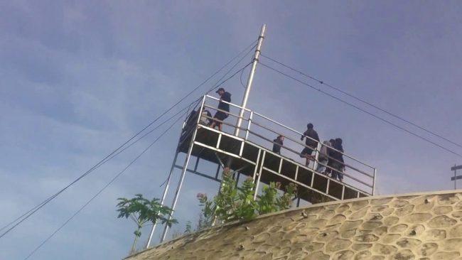 Menikmati Pemandangan dari Gardu Pandang via Youtube