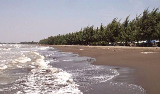 Pantai Blendung - Tempat wisata di Pemalang