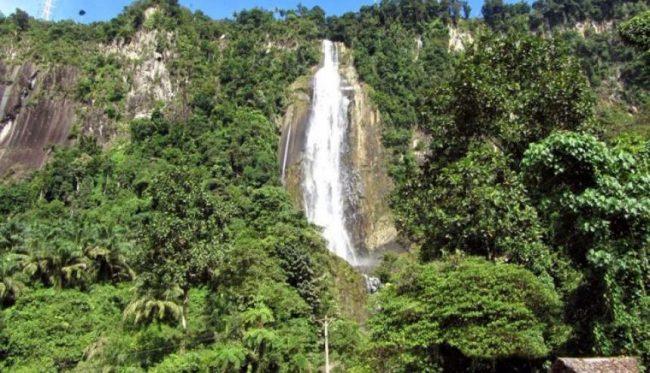Air Terjun Akang Siwah via Wisatasia