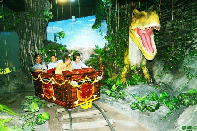 Dino Adventure Taman Pintar Jogja via Official