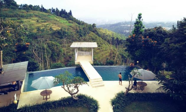 Dulang Resort dan Resto via IG @destinasibandung