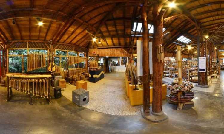 Souvenir Angklung via Lokasiwisatabandung