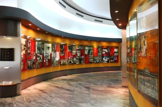 Foto dan Infografis di Museum KAA