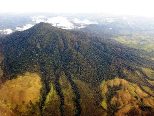 Gunung Seulawah via Wikipedia