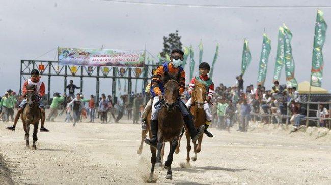 Pacuan Kuda Tradisional via Tribunnews