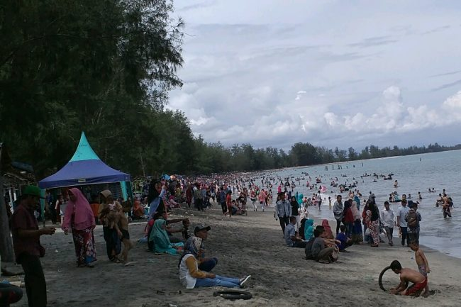 Pantai Cemara Indah