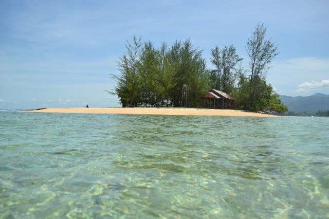 Pulau Gosong via phinemo