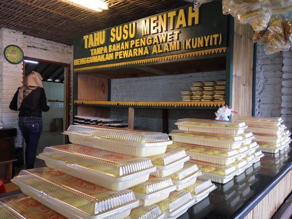 Tahu Susu Bandung via Iklantavel