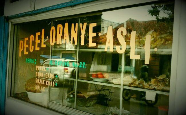 Pecel Oranye via Iwok.blogspotcom