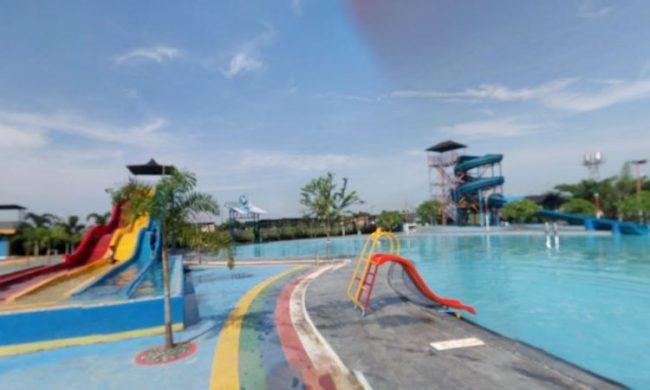 Agung Fantasi Waterpark via ramahtraveler