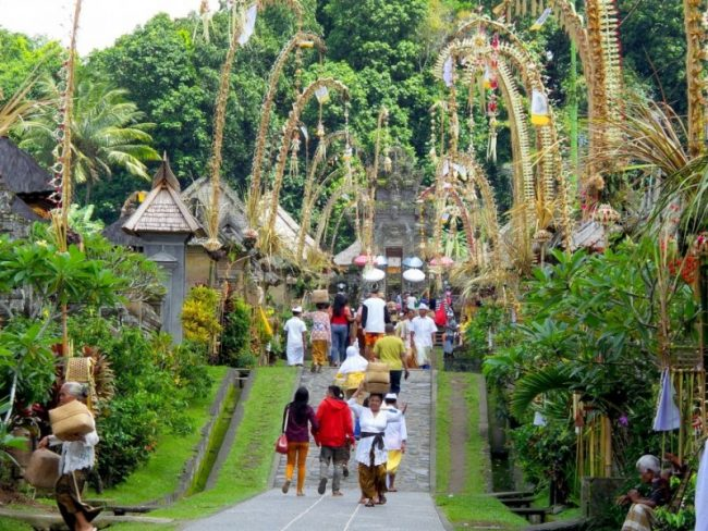 Desa Penglipuran via Bali