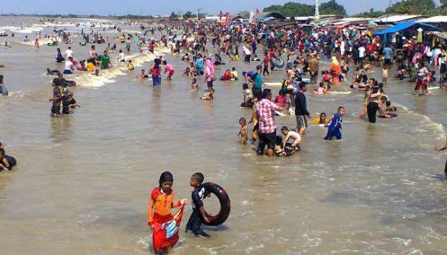 Pantai Balongan Indah via Tosupedia