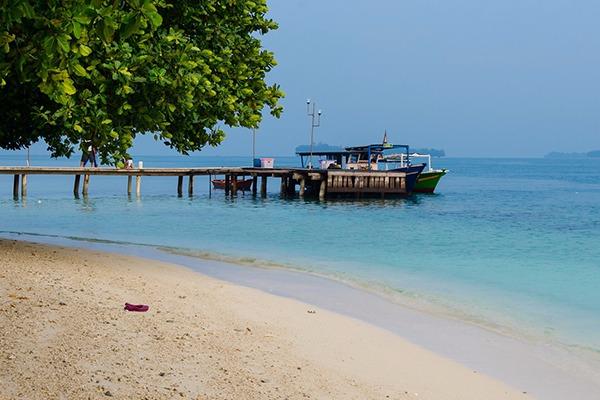 Pantai Bintang - Tempat Wisata di Pulau Seribu