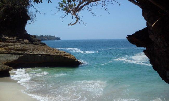 Pantai Dadap via Goodnewsfromindonesia