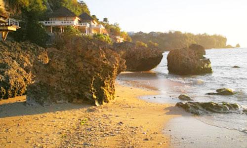 Pantai Pemutih via Balitoursclub