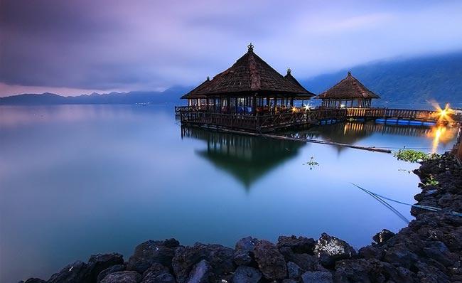Wisata Resto Apung via Water sport bali