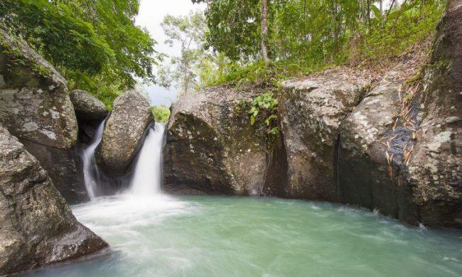 Air Terjun Batu Belah Dewasana