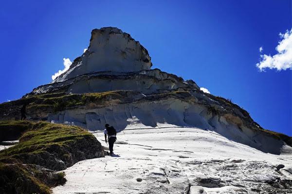 Bukit Salju via IG @helwin.karnadi - tempat wisata di Sabu Raijua