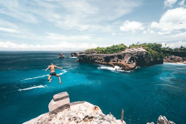 Nusa Ceningan Bali Cliff Jump Point via Journeyera