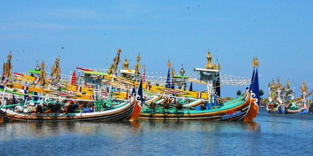 Pelabuhan Perikanan Pengambengan via Kumparan