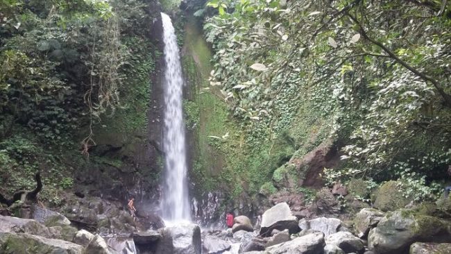 Wisata Air Terjun Batu Kawangan via Detik