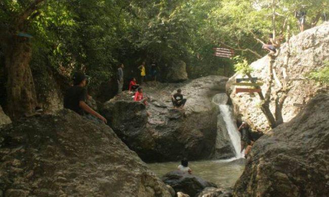 Wisata Air Terjun Bombo Roi via Travellink-Indonesia