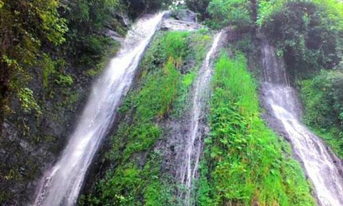 Wisata Air Terjun Tibu Kresek