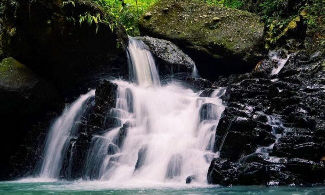 Wisata Air Terjun Yeh Poh