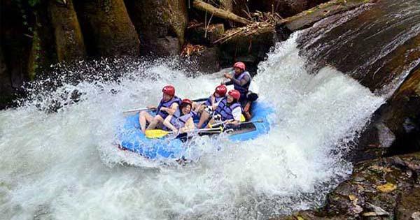 Wisata Arum Jeram Sungai Melangit